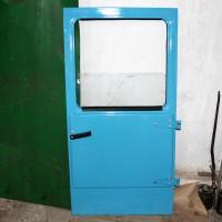 Дверь Т-150 в сборе (полнокомплектная)