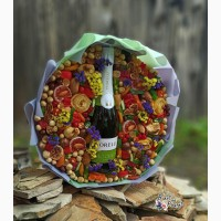 Съедобный букет на свадьбу из сухофруктов с шампанским (цена без учета алкоголя) в Днепре