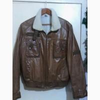Куртка короткая, стильная, кожа, натуральных мех. Размер 48. Немного б/у